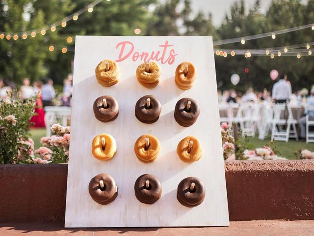 Tabla de donuts DIY: una original idea para endulzar su casamiento
