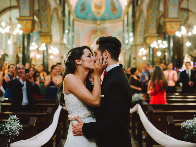 6 consejos para un primer beso como esposos inolvidable