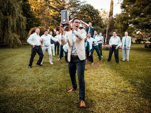 La novia tira el ramo, ¿y el novio?