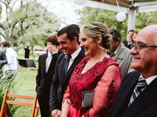 ¿Cómo debe vestir la madrina del casamiento? 5 consejos para un look elegante