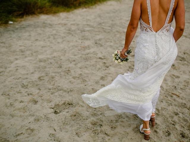 Zapatos para un casamiento en la playa: 5 ideas cómodas