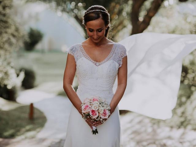 ¿Ramo de novia natural o artificial? Pros y contras para elegir el tuyo