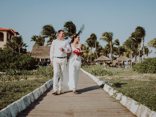 """5 consejos para casarse en la playa y dar el """"sí"""" con el mar como testigo"""
