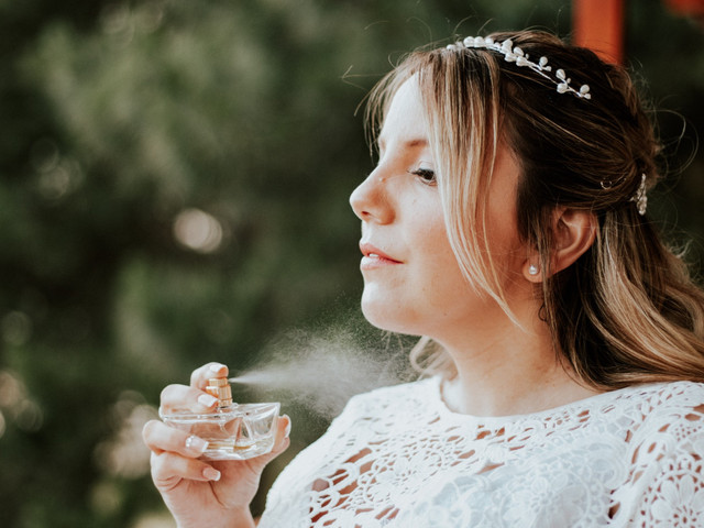 ¿Cómo elegir el perfume para el día del casamiento?