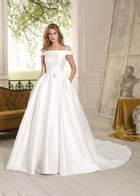 VE8739, Venus Bridal