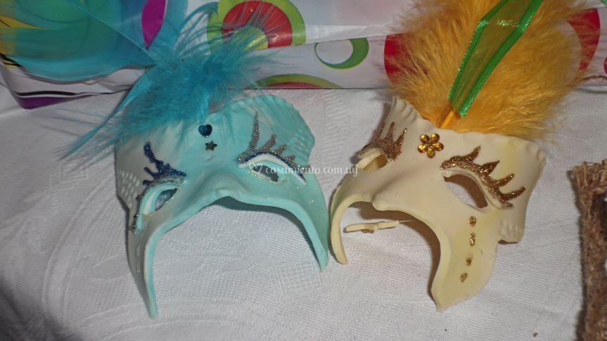 Mascaras en porcelana fria