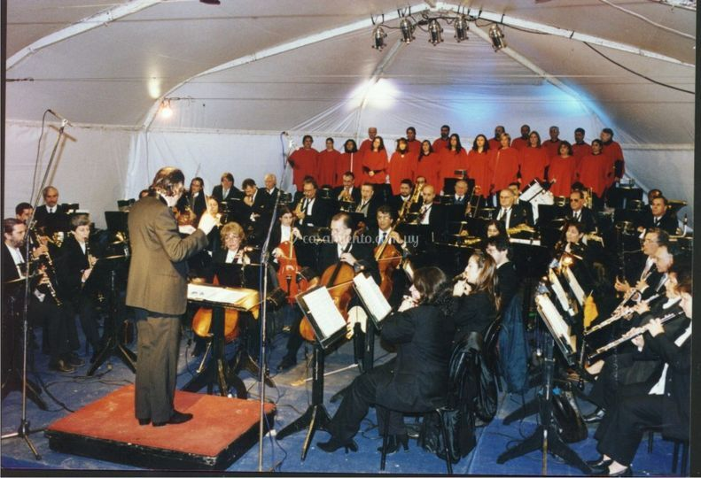 Coro Olaverri y Banda Sinfónic