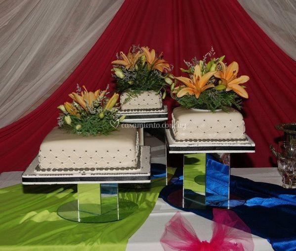 Decoración floral para su torta