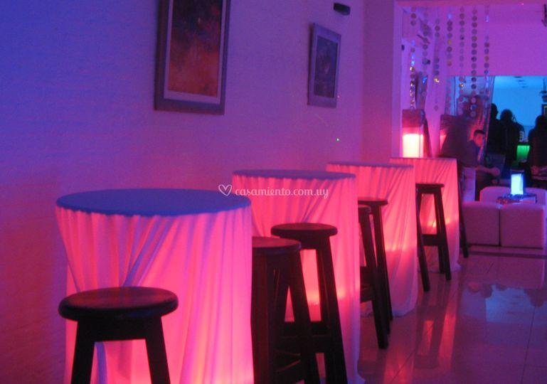 Mesas de pub, iluminada con LED