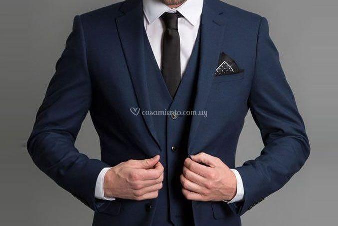 Azul con detalles en negro