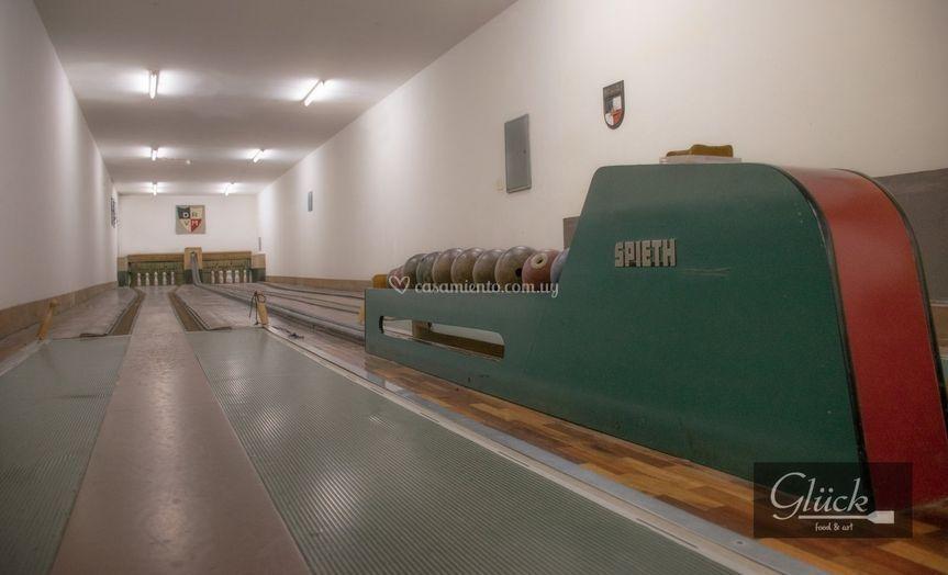 Salón privado & bowling