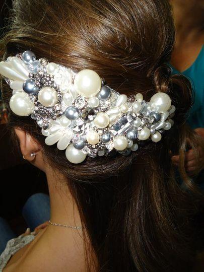 Perlas, y cuentas metálicas