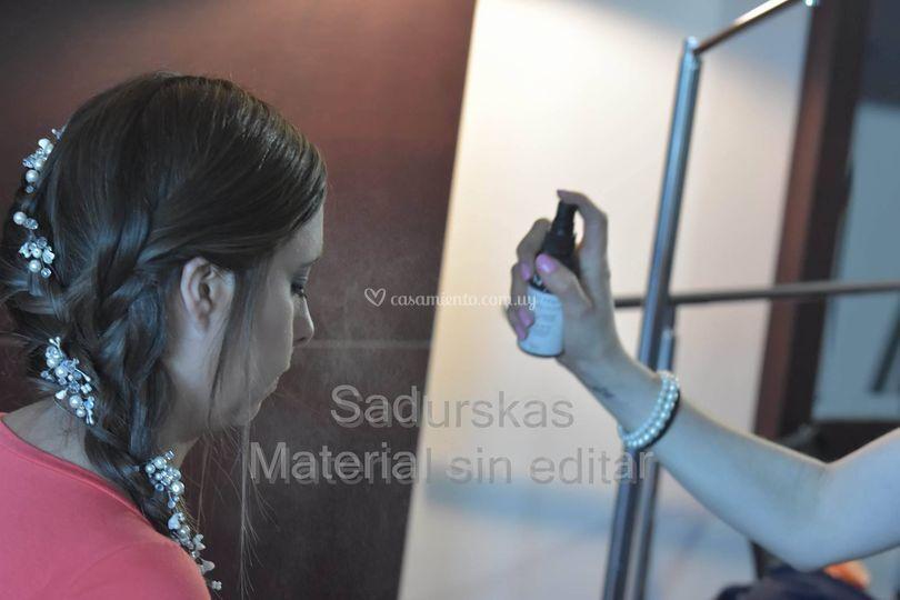 Peinado y fijacion de makeup