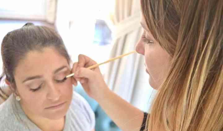 Studio Makeup by Paula Canzobre