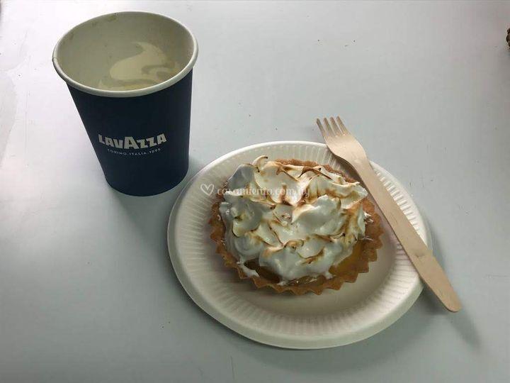 Café Lavazza pastel de limón