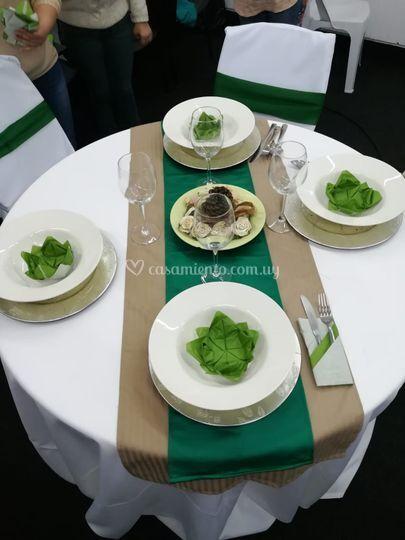 Arreglo de mesas