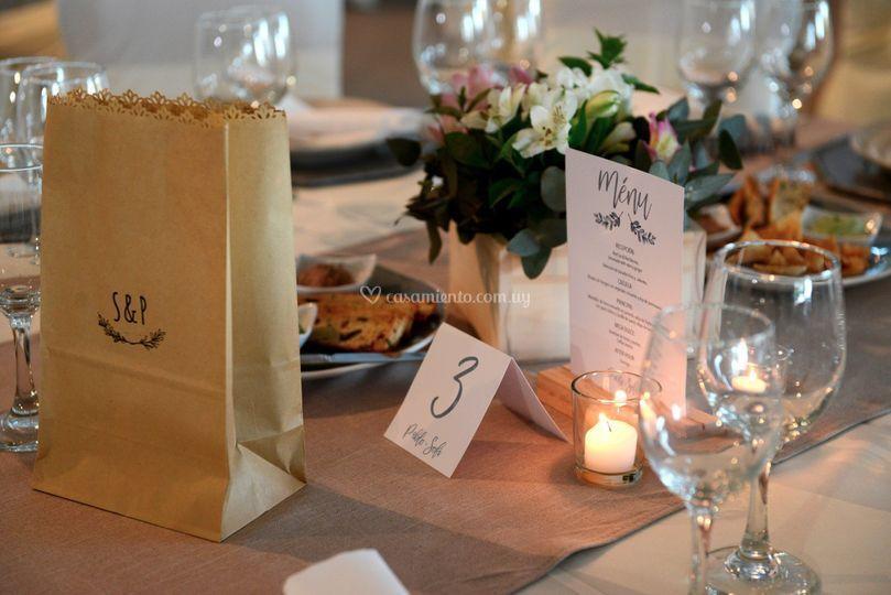 Papelería para mesas