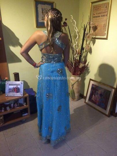 Vestido realizado con sari