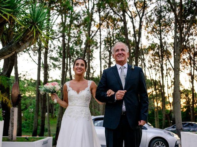 ¿Con quién puede entrar la novia a la ceremonia?