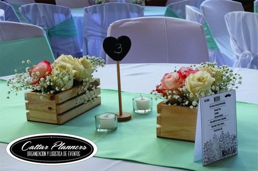 9 ideas econ micas para los centros de mesa - Como decorar cajas de madera para centros de mesa ...