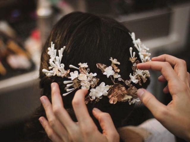 Coronas de flores: un accesorio 100% romántico y bohemio