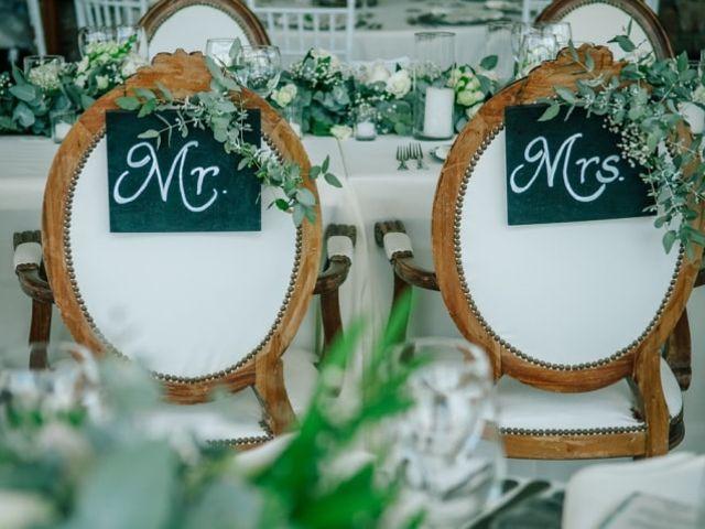 ¿Cómo decorar la mesa de los novios? 10 tendencias