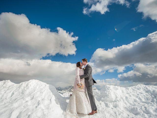 Kim y James: un casamiento de ensueño entre la nieve y las nubes