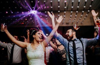¿Cómo elegir el estilo de las fotos? 5 opciones para retratar la boda