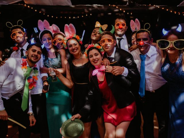 6 tips para incluir cotillón luminoso ¡y que explote la fiesta!